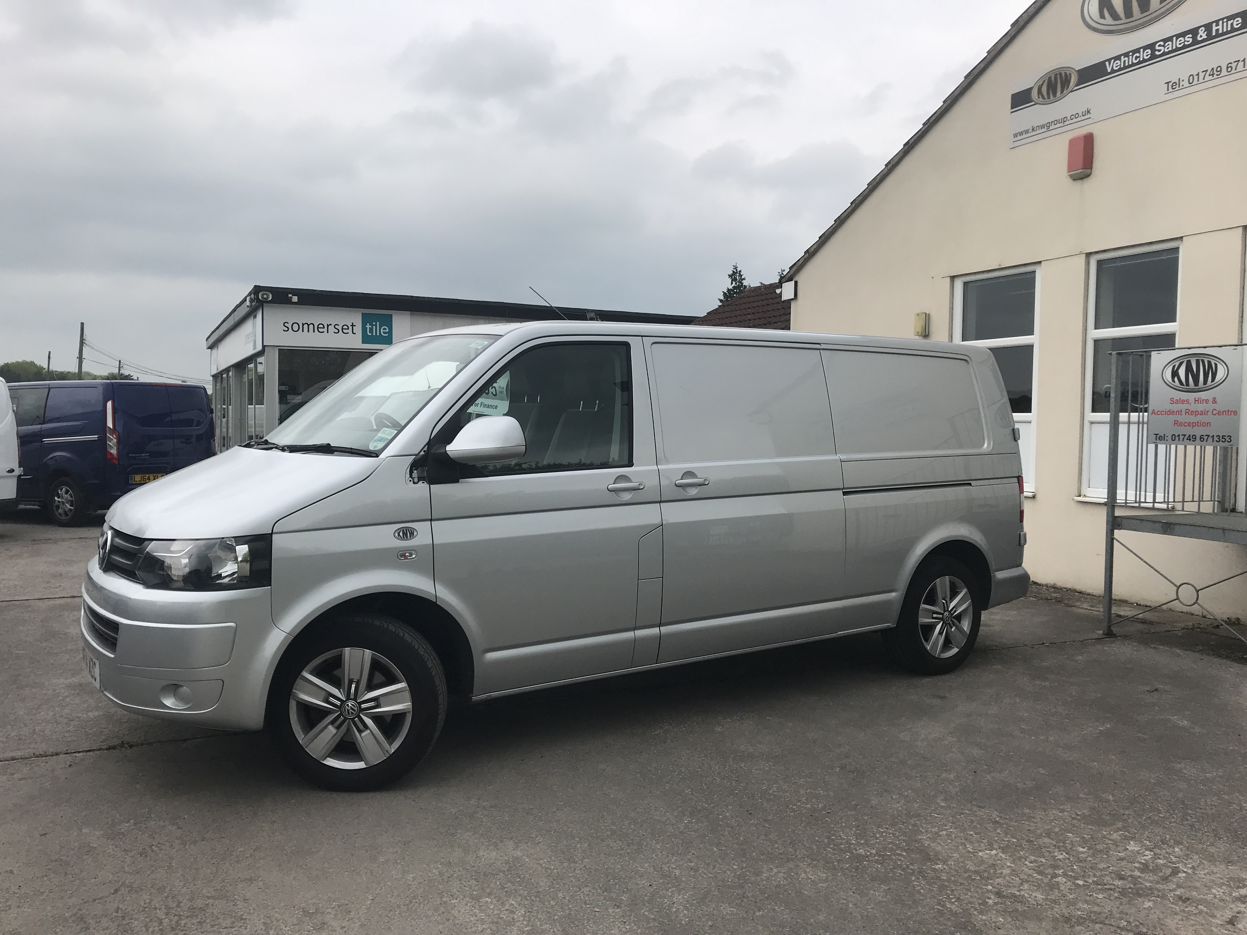 92e88c2ad7d6d1 SWB VANS - Ford Transit - VW Transporters. Click to pre-book this vehicle